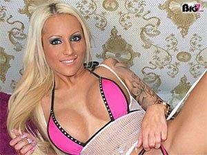 Sexy Blonde Tini